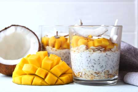 Chia pudding with mango, coconut and granola